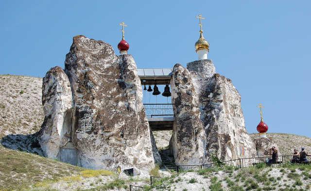 -2009-06-11-17-srdon09-kyskys-dsc-0192-kostomarovo-zvonnica.jpg