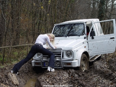 Jeep-stuck-Michelle009.JPG